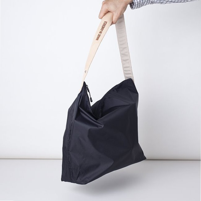 "[줄라이나인]JULY NINE_크로싱 백 블랙 Crossing Bag Black Regular 18"" (RESTOCK)"