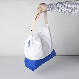 "[줄라이나인]JULY NINE_투톤 화이트 x 블루 TWO TONE 18"" / White x Blue (RESTOCK)"