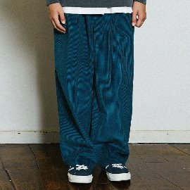 [곤니치와봉주르]CONICHIWABONJOUR_WIDE CORDUROY PANTS(BLUEGREEN)
