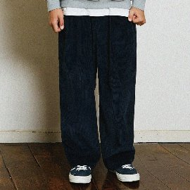 [곤니치와봉주르]CONICHIWABONJOUR_WIDE CORDUROY PANTS(NAVY)